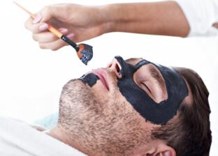 Peeling węglowy dla mężczyzn